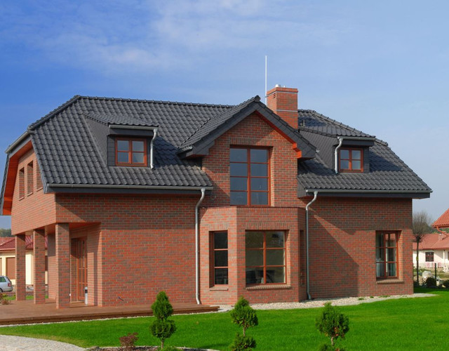 Single-family house made of Canberra shaded smooth brick