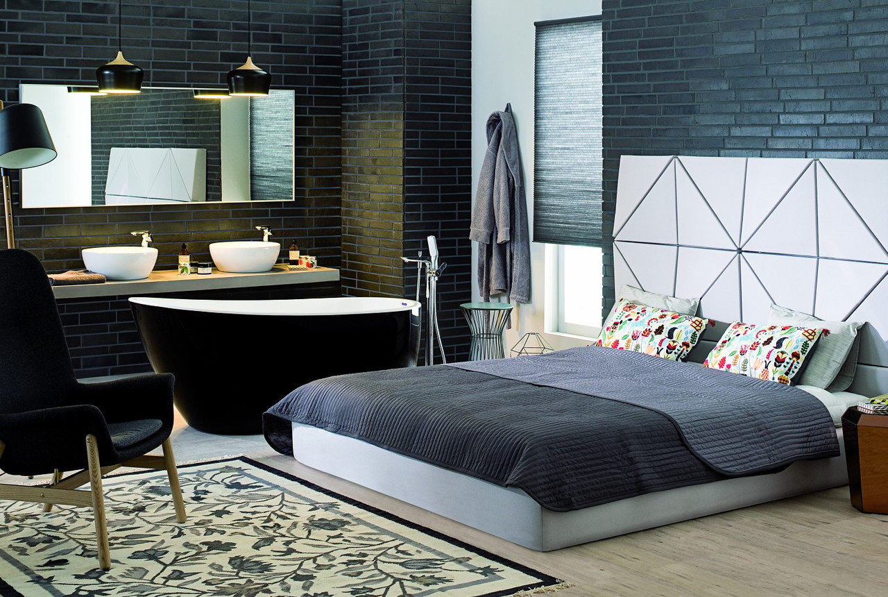 Bedroom with a bathing room